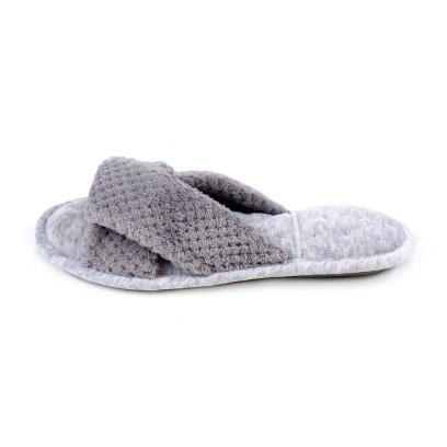 Isotoner Ladies Cross Strap Popcorn Slippers Pale Grey
