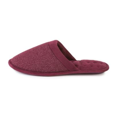 Isotoner Mens Textured Mule Slippers  Burgundy