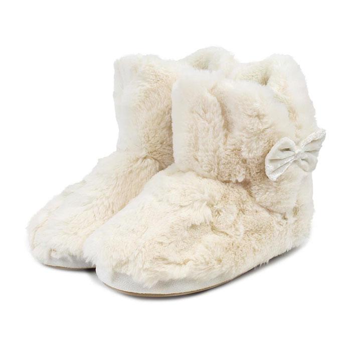 9081148d7 totes Ladies Textured Fur Booties Cream