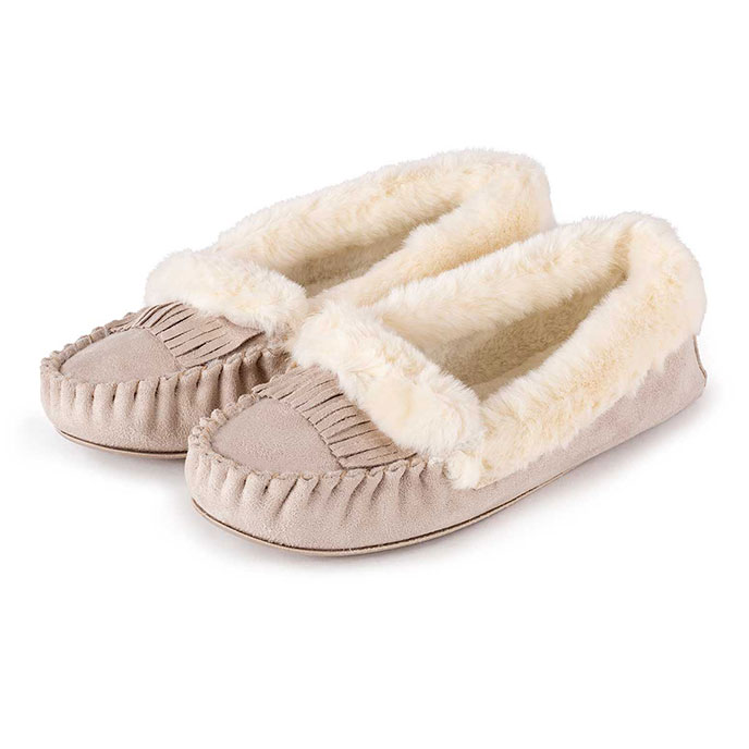 totes Ladies Fringed Suedette Moccasin Slippers Natural