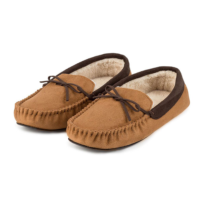 totes Mens Suedette Moccasin Slippers Tan/Chocolate