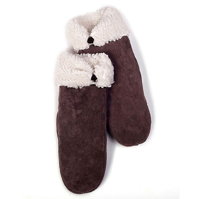 isotoner Suede Mitten With Sherpa Cuff & Tab Chocolate