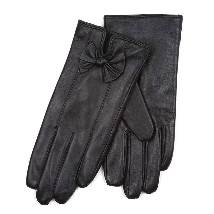 Isotoner Ladies Leather Glove with Bows Black