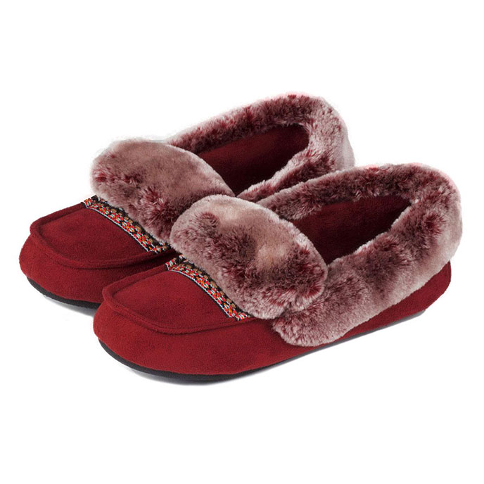 isotoner Pillowstep Moccasin with Fur Cuff Slippers Chilli Red