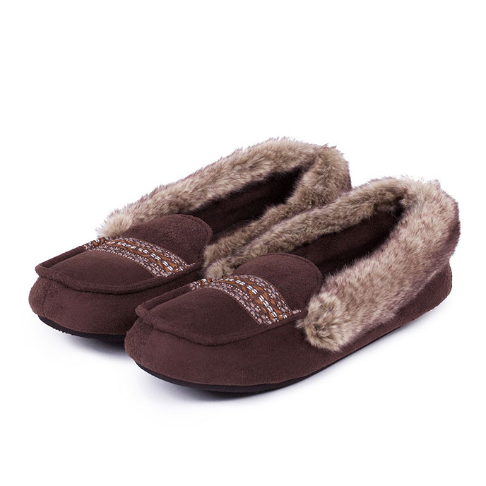 Isotoner Ladies Moccasin Slippers with Fur Cuff Chocolate