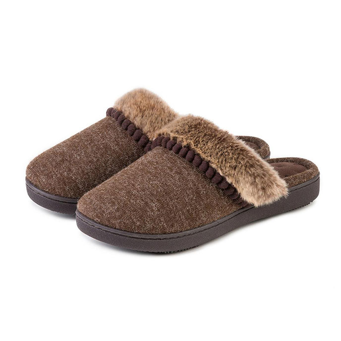 Isotoner Ladies Fine Knit Mule Slippers Brown