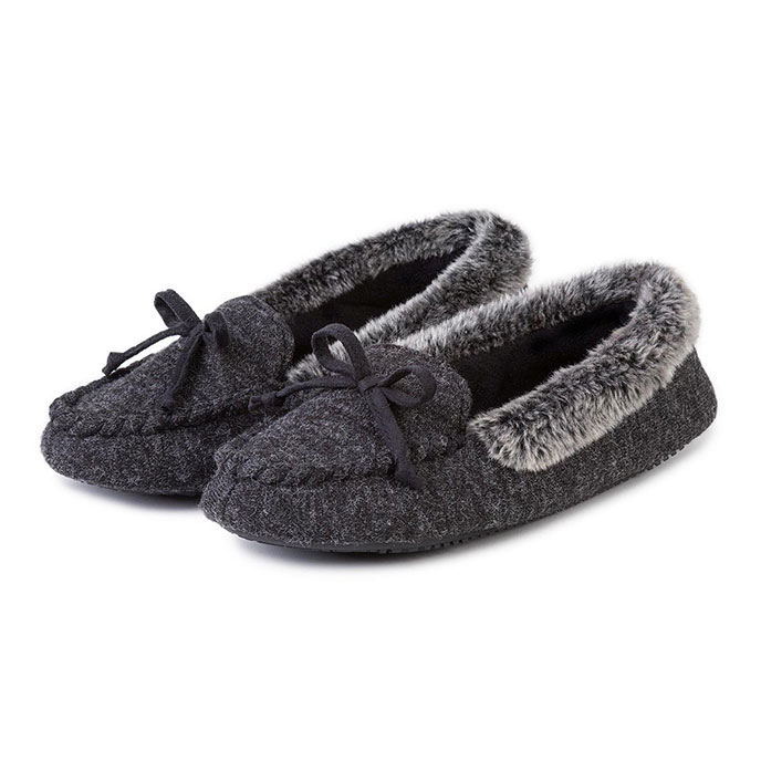 Isotoner Ladies Fine Knit Moccasin With Fur Cuff Black