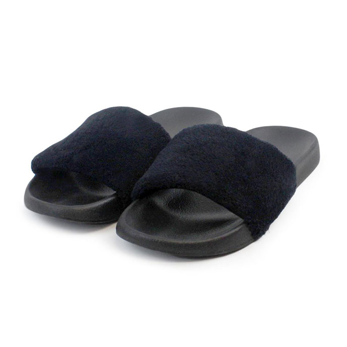 Isotoner Ladies PV Fur Sliders Black