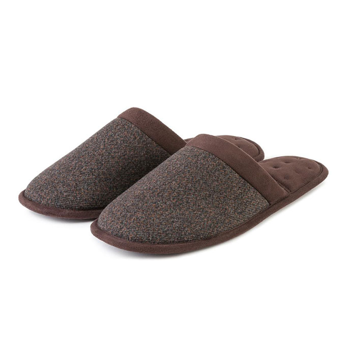 Isotoner Mens Textured Mule Slippers  Brown