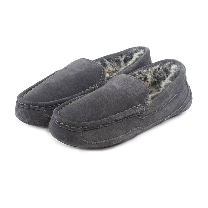 Isotoner Mens Heritage Suede Moccasin Boxed Slippers Grey