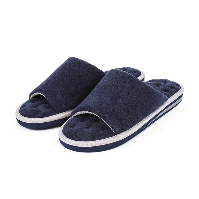 Isotoner Mens Terry Open Toe Slippers Navy/Grey