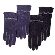 isotoner Quilted Leather & Suede Gloves with Bow