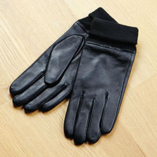 isotoner Smooth Leather Glove with Knit Cuff