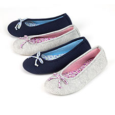 Isotoner Ladies Waffle Ballet Slippers