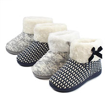 Isotoner Ladies Faux Fur Cuff Knit Bootie Slippers