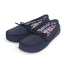 Isotoner Mens Moccasin With Check Slipper